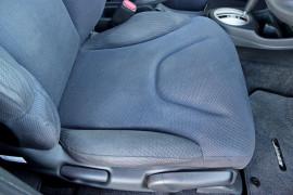 2012 Honda Honda GE  Vibe-S Hatchback Mobile Image 13