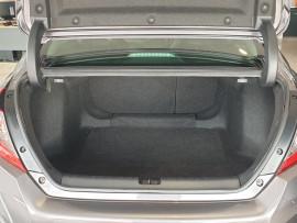 2017 Honda Civic 10th Gen MY17 VTi-LX Sedan Image 5