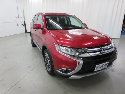 Mitsubishi Outlander LS Safety Pack ZK
