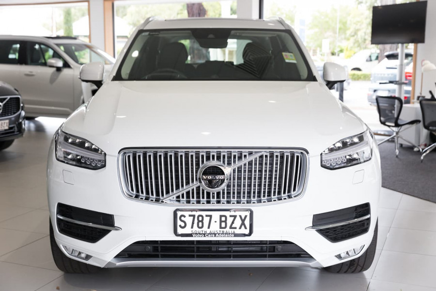 2019 Volvo XC90 L Series D5 Inscription Suv Image 2