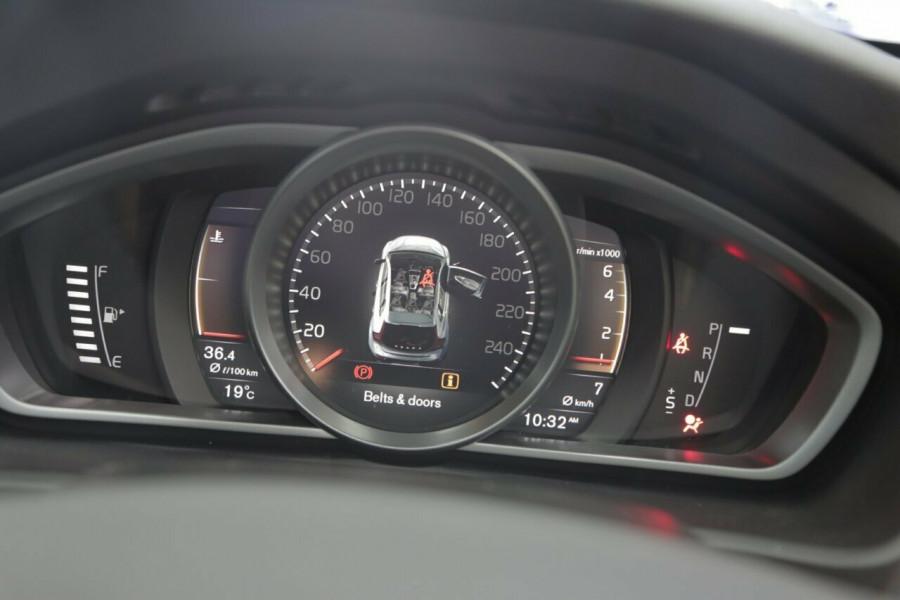 2017 MY18 Volvo V40 Cross Country M Series T4 Hatchback