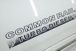 2013 Nissan Patrol Y61 GU 8 ST Suv Image 5
