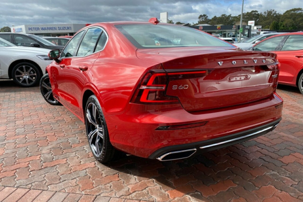 2019 MY20 Volvo S60 Z Series T5 Inscription Sedan Image 4