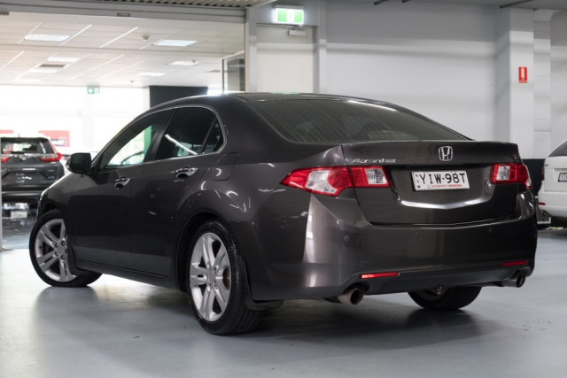 2010 Honda Accord Euro CU  Luxury Navi Sedan Image 2