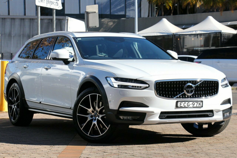 2019 Volvo V90 Cross Country D5 Wagon Mobile Image 1