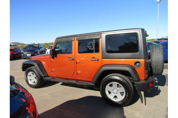 2011 Jeep Wrangler JK MY2011 UNLIMITED Softtop Image 5