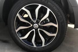 2017 MY17.5 MG GS SAS2 Essence X 5 door wagon