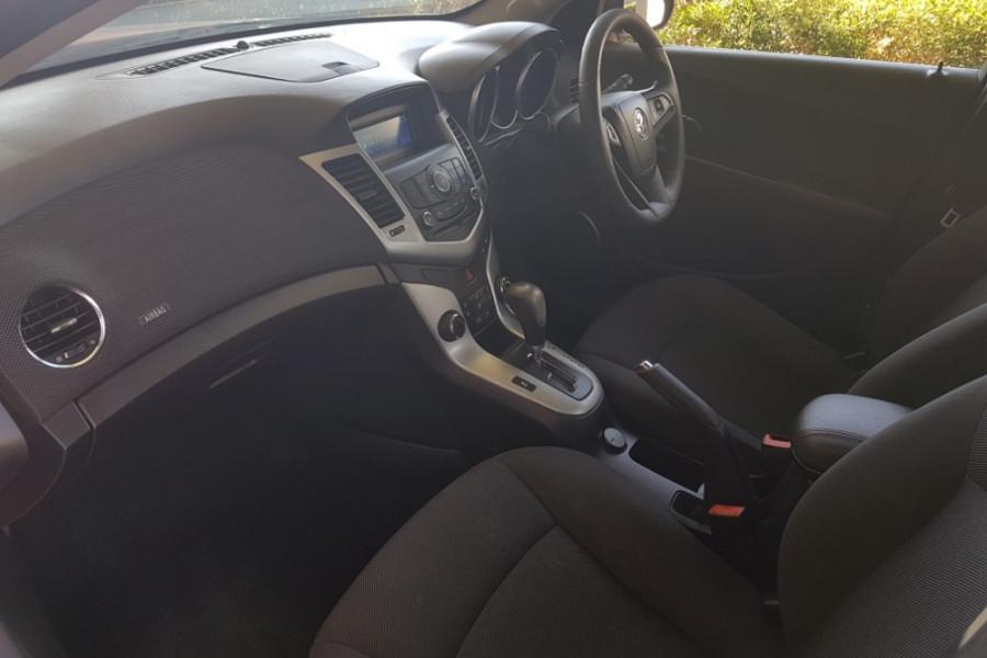 2012 Holden Cruze JH SERIES II  CD Sedan