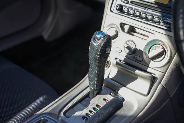 2000 Toyota Celica ZZT231R SX Liftback Image 6