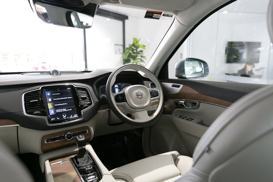 2018 Volvo XC90 L Series D5 Inscription Suv Mobile Image 16