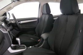 2019 Isuzu UTE D-MAX LS-U Crew Cab Ute 4x4 Utility Image 2