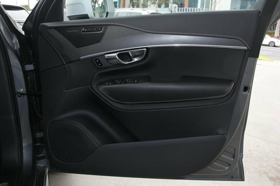 2018 Volvo XC90 L Series D5 R-Design Suv Mobile Image 5