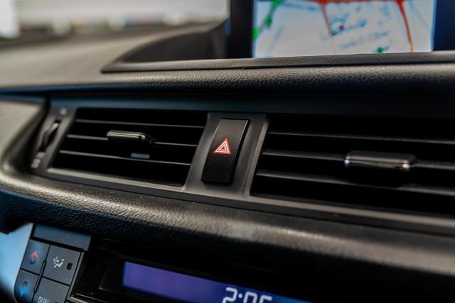 2016 Lexus Ct Hatchback Image 33