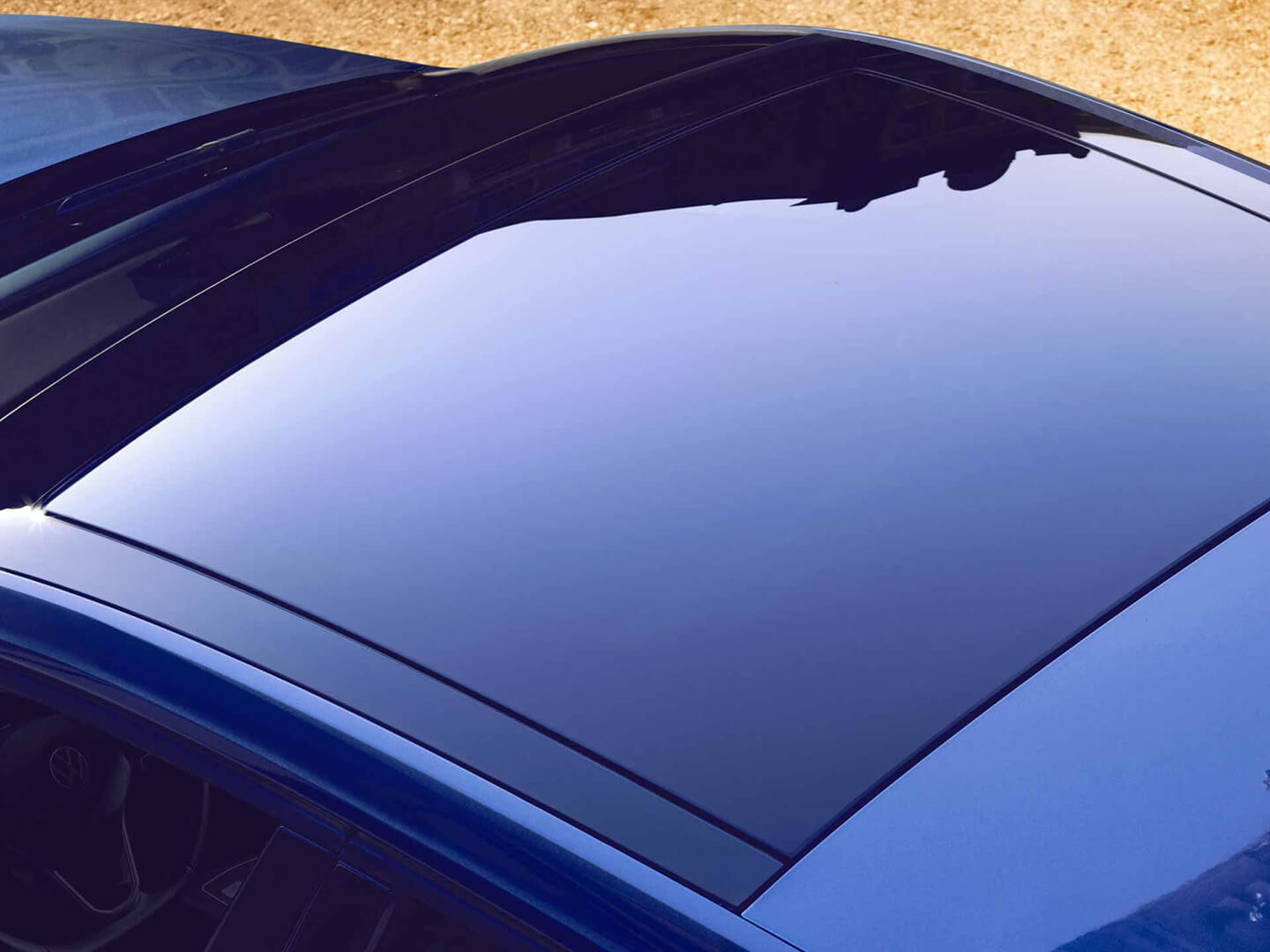 The world looks a little brighter Panoramic Roof Image