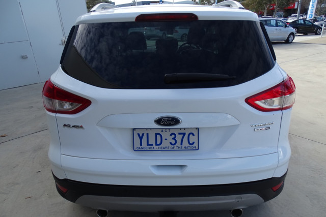 2015 Ford Kuga Trend AWD 10 of 23
