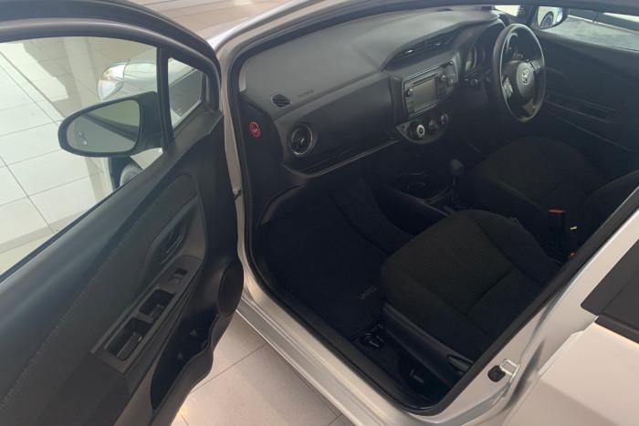 2017 Toyota Yaris NCP130R Ascent Hatchback Image 4