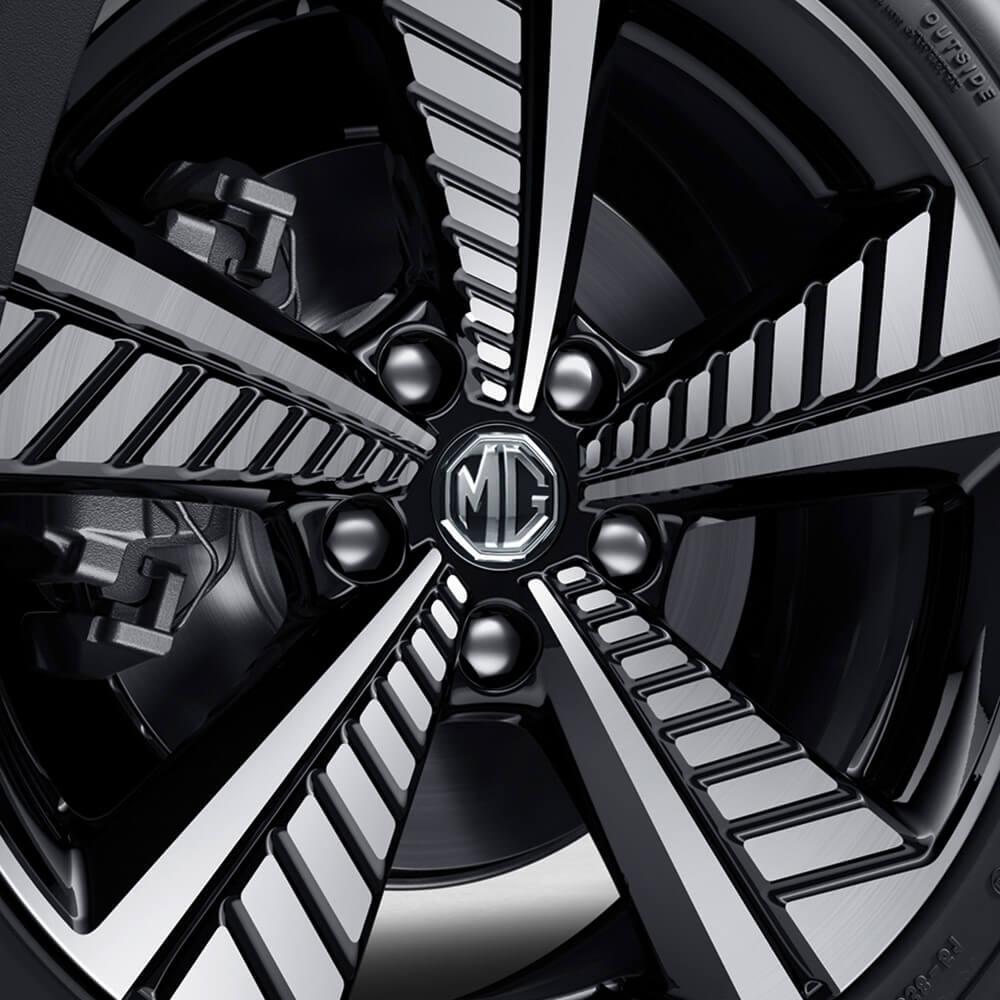 ZS EV Unique alloy wheels
