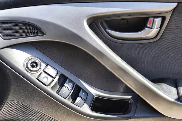 2015 Hyundai Elantra MD3 Active Sedan Image 4