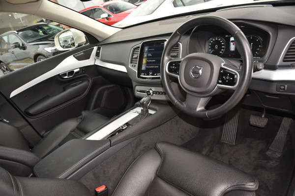 2016 Volvo XC90 (No Series) MY17 D5 Momentum Suv Image 5