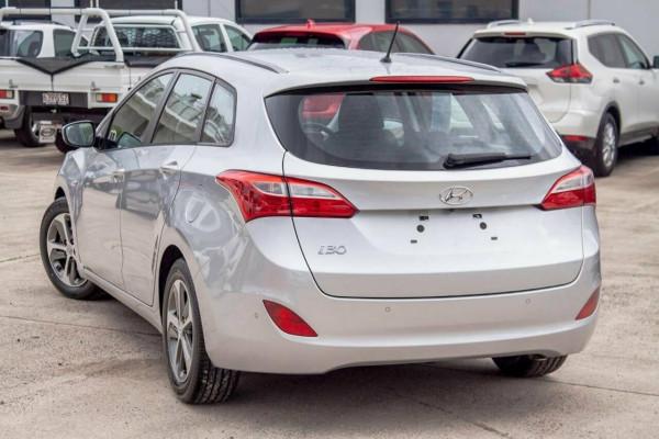 2015 Hyundai i30 GDE3 Series 2 Tourer 1.6 GDI Wagon Image 2