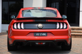 2018 Ford Mustang FN GT Fastback Coupe Image 4