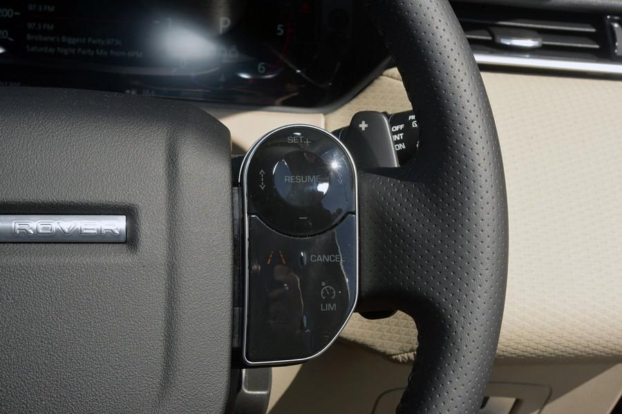 2019 MY19.5 Land Rover Range Rover Velar L560 Velar SE Suv Mobile Image 18