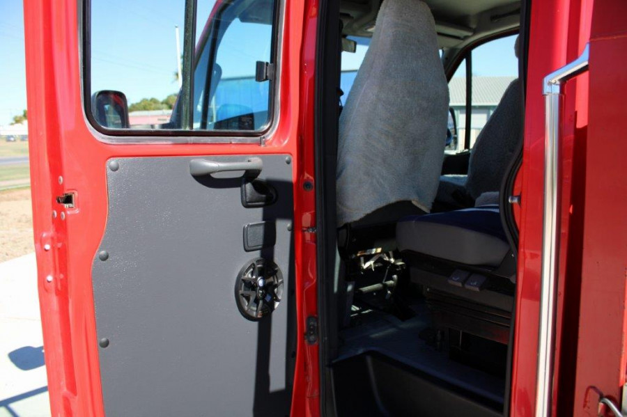 2008 Iveco 50c Daily Dual Cab Truck Image 5