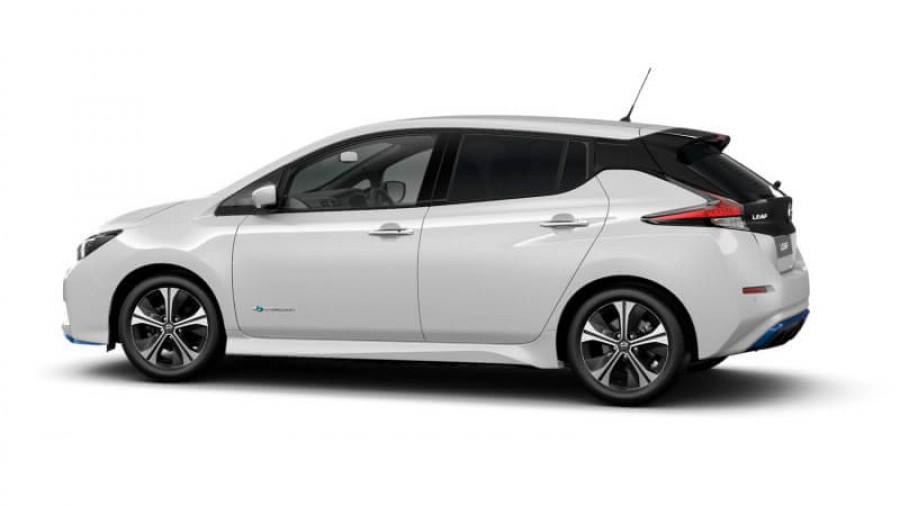 2021 Nissan LEAF ZE1 E Plus Hatchback Image 29