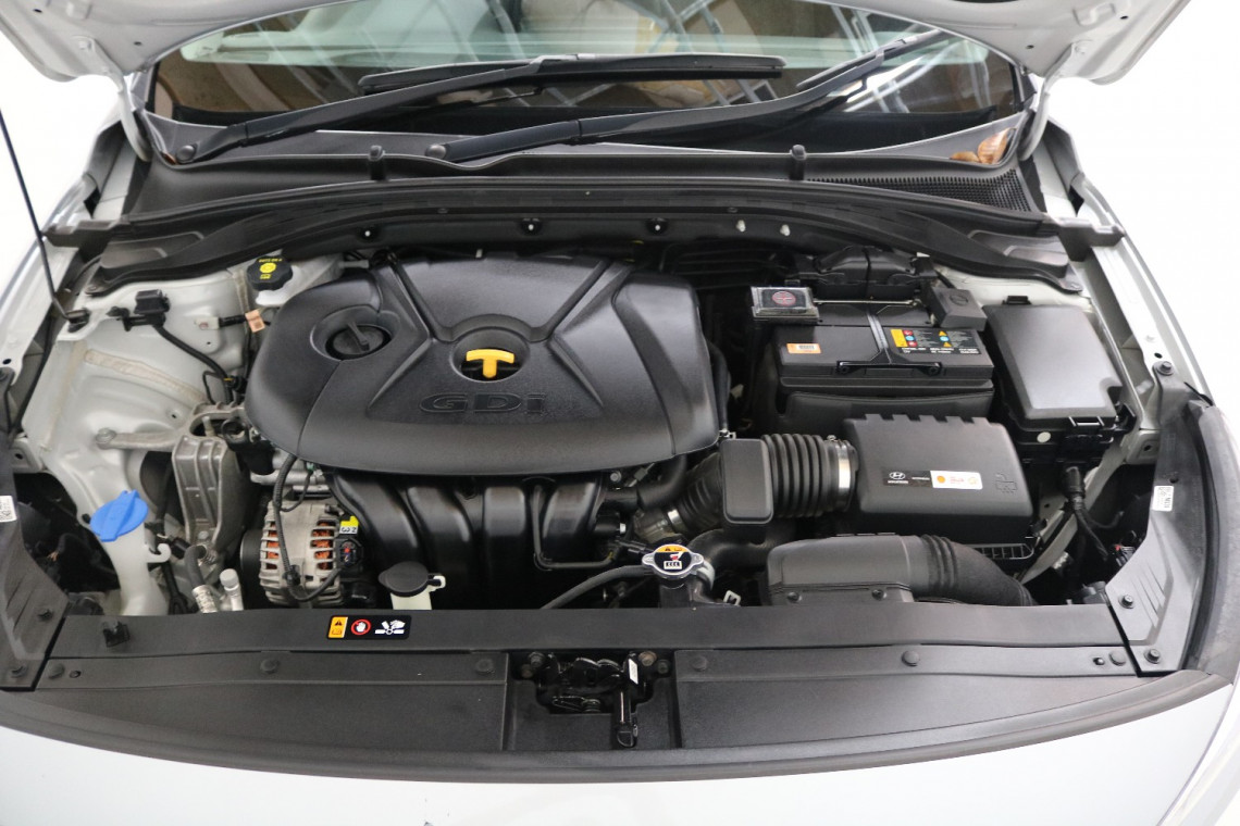 2019 Hyundai I30 PD2 MY19 ACTIVE Hatchback Image 17