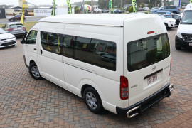 2015 Toyota Hiace KDH223R Commuter Bus