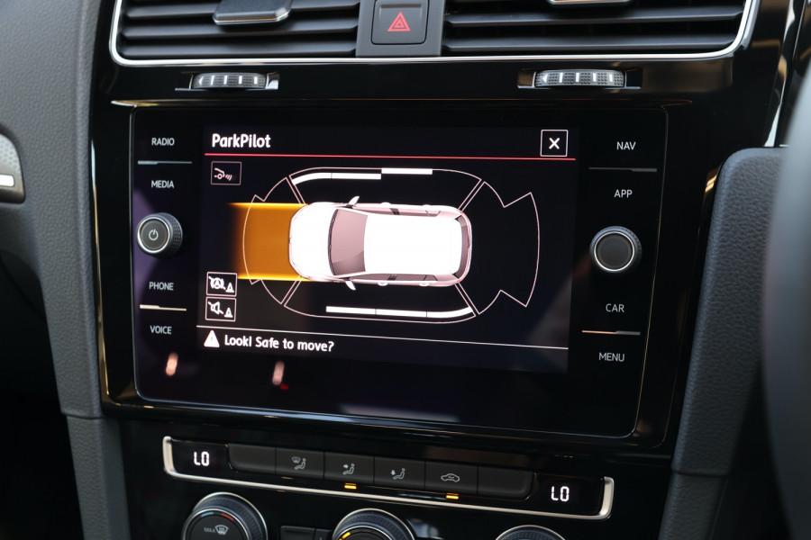 2020 Volkswagen Golf 7.5 GTI Hatchback Image 26