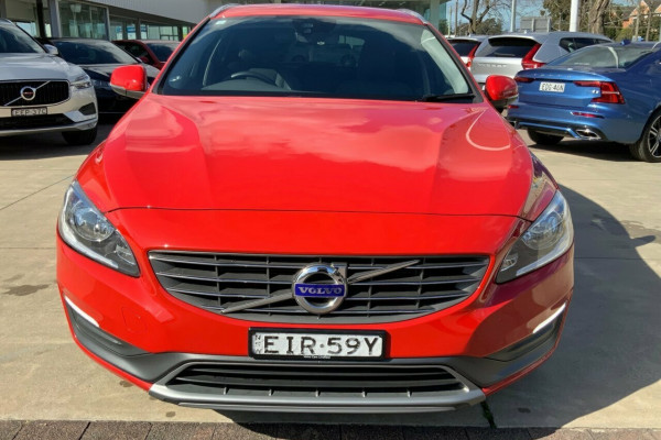 2015 Volvo V60 F Series MY15 T5 Geartronic Kinetic Wagon Image 2