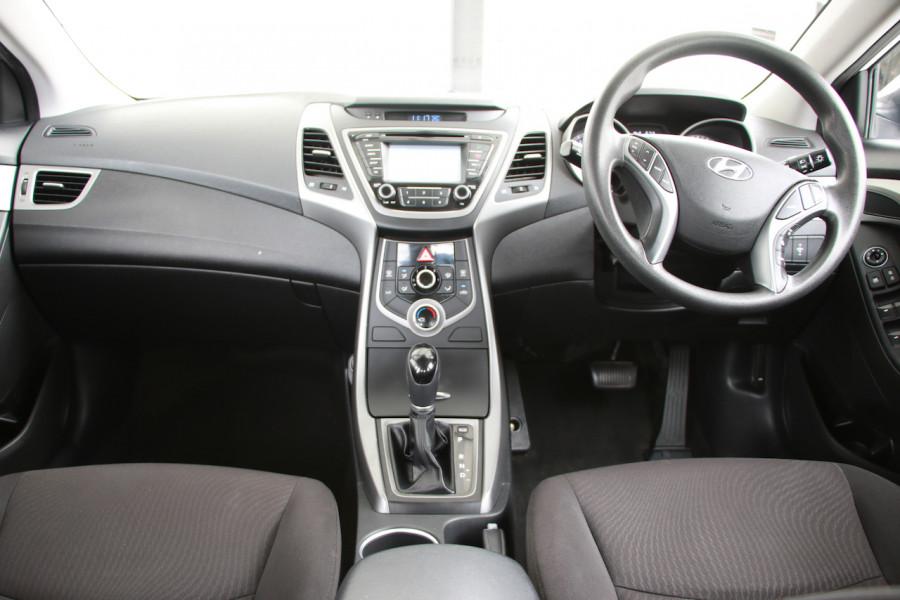 2015 Hyundai Elantra MD3 Active Sedan Image 8