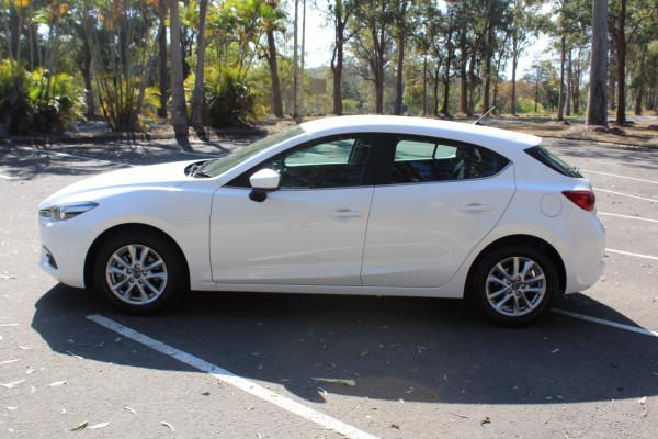 2017 Mazda 3 BN5478 Maxx Hatchback Image 5