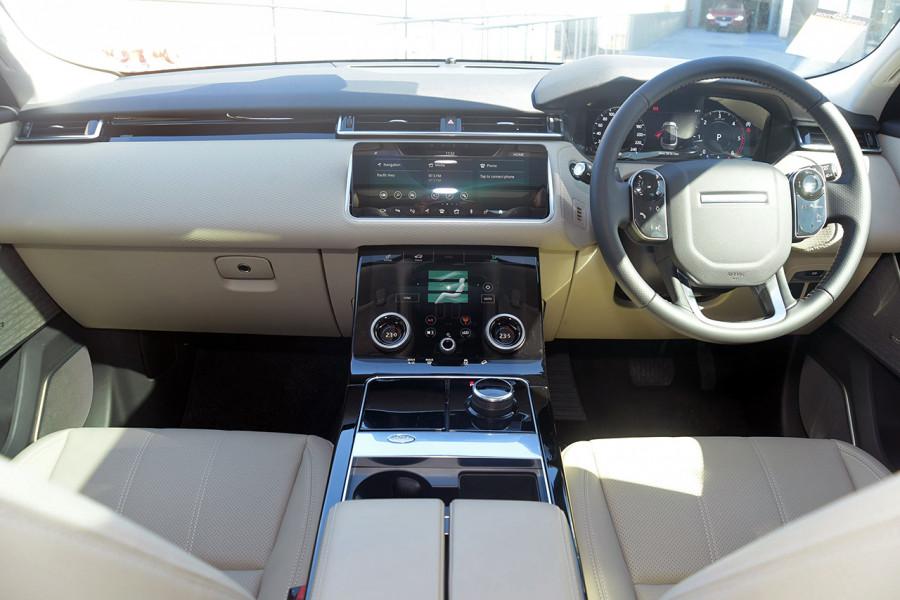 2019 MY19.5 Land Rover Range Rover Velar L560 Velar SE Suv Mobile Image 11