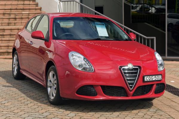 Alfa Romeo Giulietta Progression Vehicle Description.  0 MY13 PROGRESSI HBK 5DR TCT 6SP 1.4T