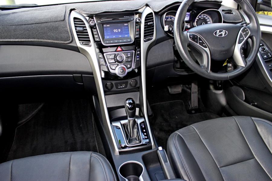 2014 Hyundai i30 GD2 Trophy Hatchback Image 11