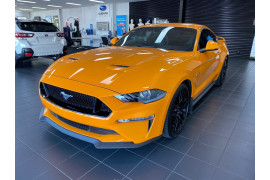 2019 Ford Mustang Image 3