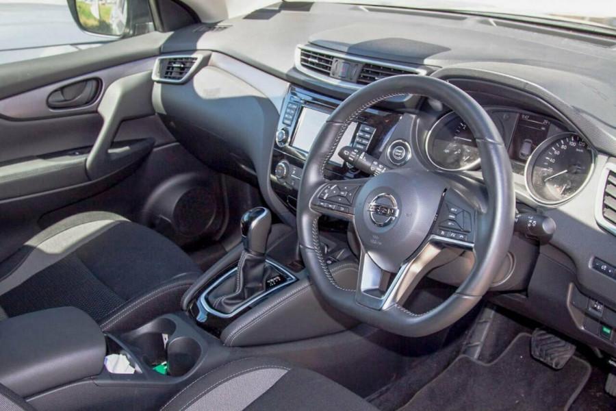 2019 MY20 Nissan Qashqai MY20 ST+ Suv Image 6