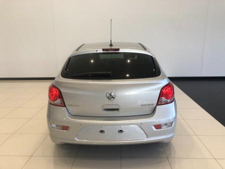 2015 Holden Cruze JH Series II Equipe Hatchback Image 5