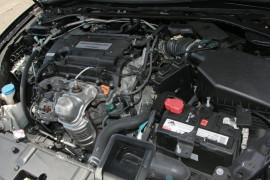 2015 MY14 Honda Accord 9th Gen VTI-L Sedan
