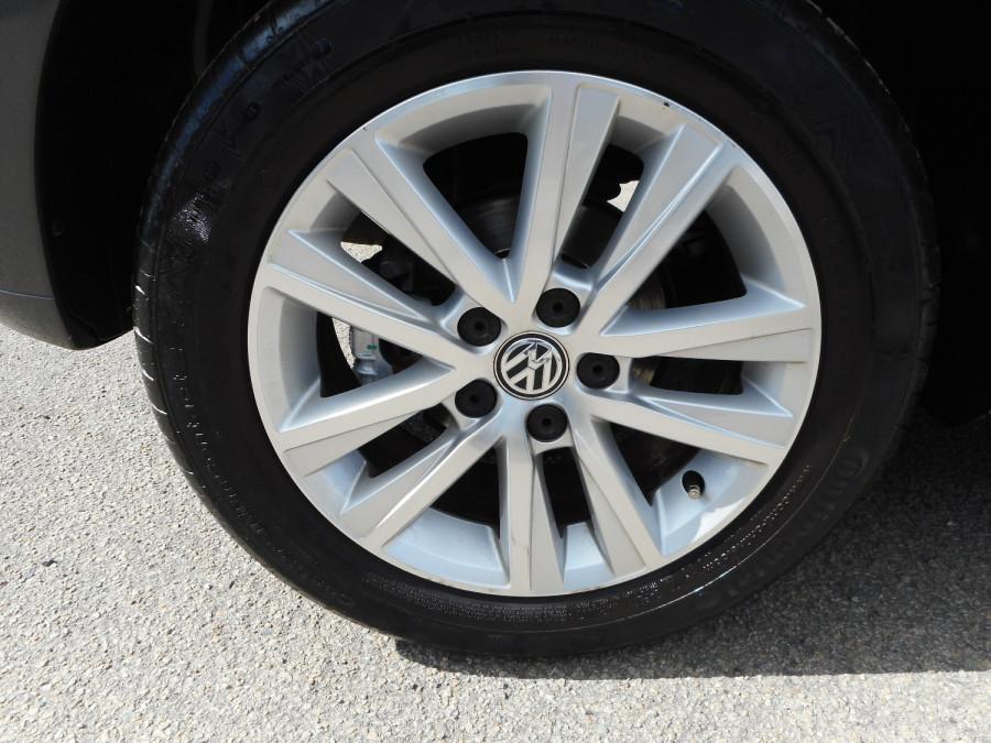 2015 Volkswagen Polo Hatchback Image 10