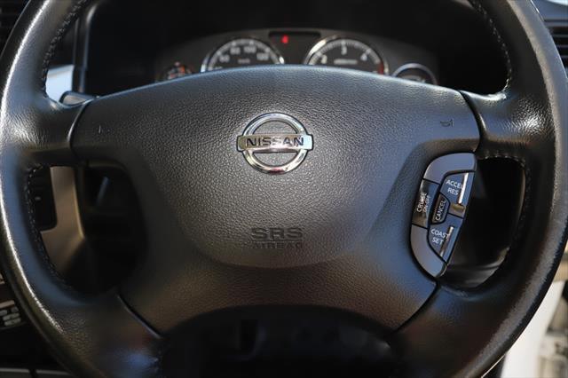 2015 Nissan Patrol Y61 ST N-TREK Suv Image 19
