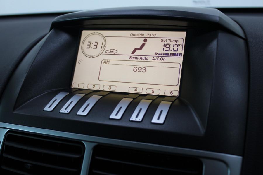 2010 Ford Falcon FG XR6 Sedan Image 23
