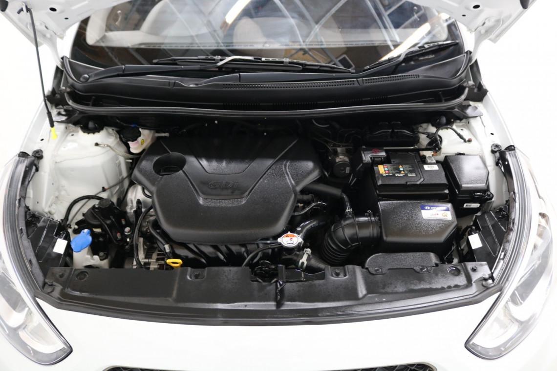 2018 MY19 Hyundai Accent RB6 MY19 SPORT Sedan Image 17