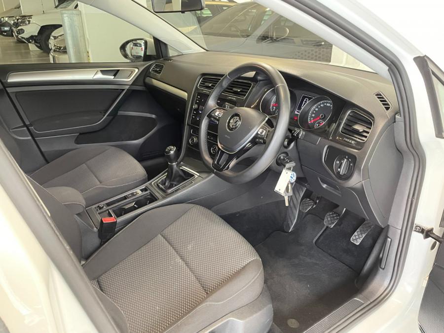 2017 MY18 Volkswagen Golf 7.5  110TSI Hatchback Image 10