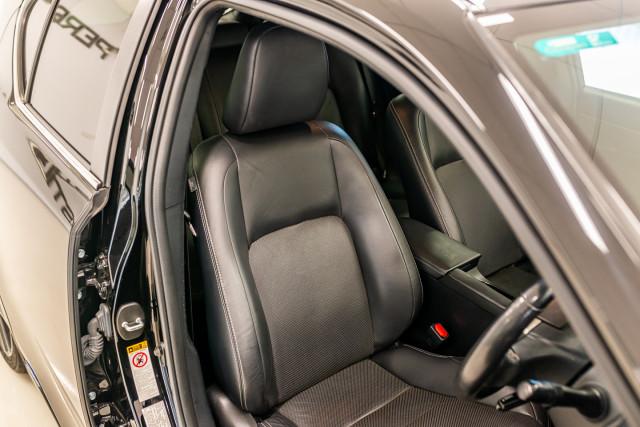 2016 Lexus Ct Hatchback Image 21