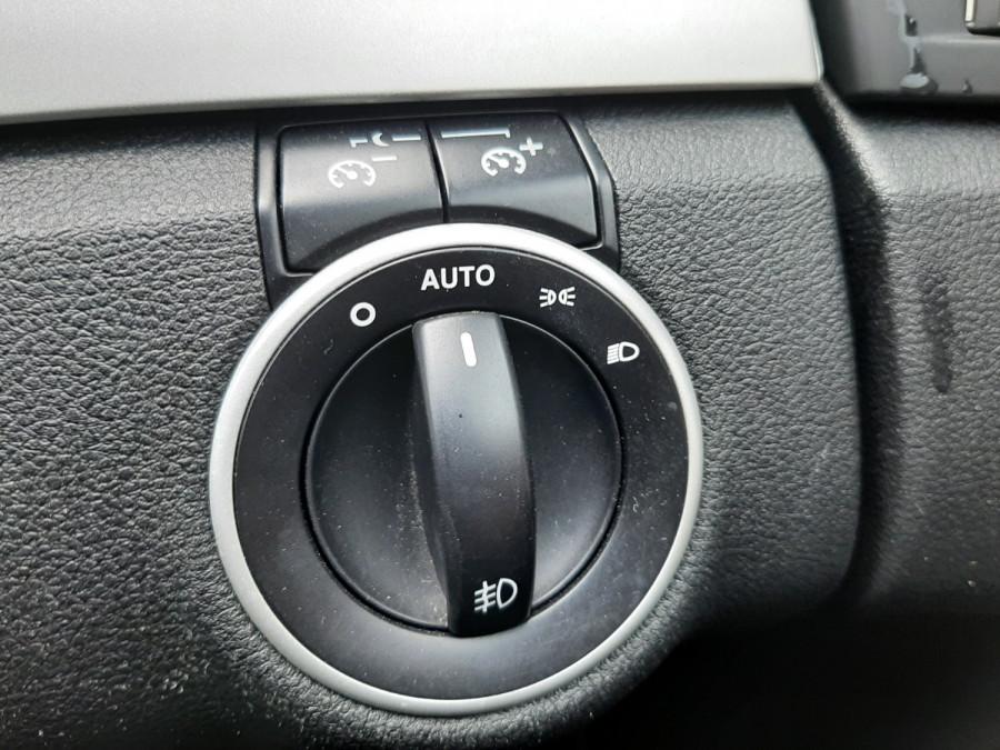 2010 Holden Commodore VE II SV6 Sedan Image 16