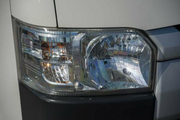 2014 Toyota HiAce TRH201R MY14 LWB Van Image 2