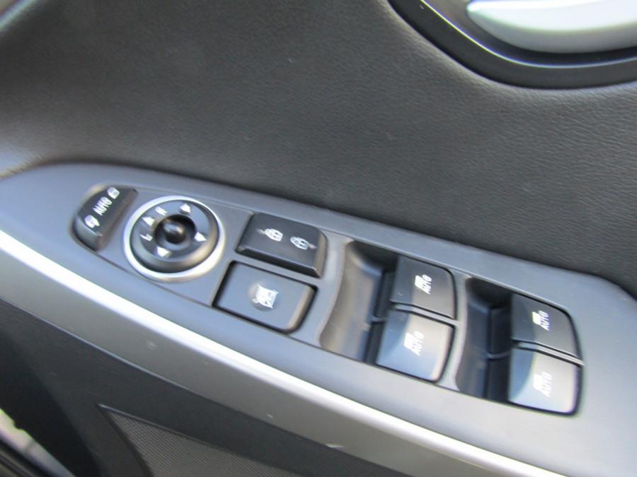 2013 MY14 Hyundai i30 GD2 Premium Hatchback Image 23
